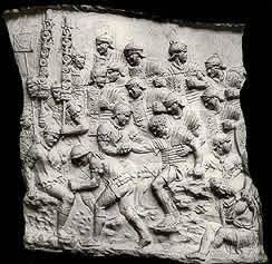 Trajans Column, Soldiers aiding their wounded comrades