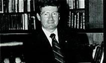 Dr. Robert Carey, Dean of the School of Medicine