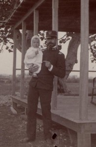 Jesse W. Lazear with Houston Lazear (his son) in Cuba, 1900, Philip S. Hench Walter Reed Yellow Fever Collection 1806-1995, Box-folder 79:40, Historical Collections, Claude Moore Health Sciences Library, University of Virginia.